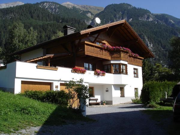 Hotel Pictures: Apart Elisabeth, Pettneu am Arlberg