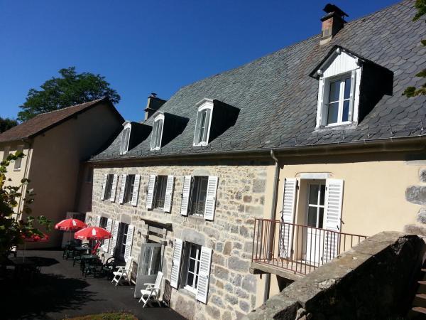 Hotel Pictures: L'Enclos du Puy-Mary, Mandailles