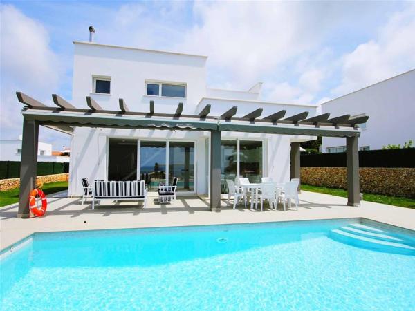 Hotel Pictures: Villa Siroco, Son Bou
