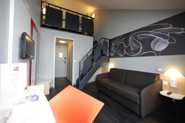 Superior Room with 1 Double bed and Sofa