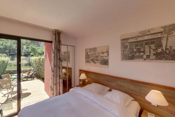 Hotel Pictures: Hotel Le Phoebus Garden & Spa, Gruissan