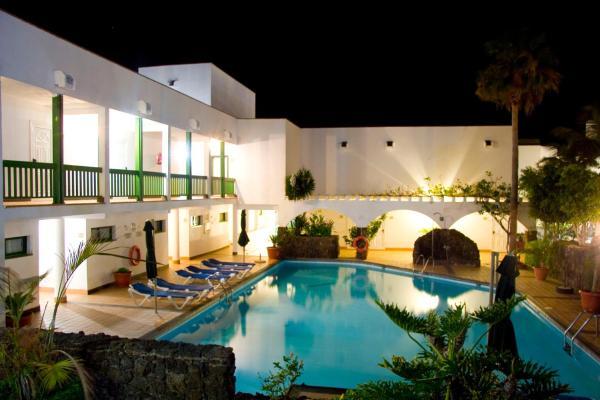 Hotel Pictures: Aparthotel Esquinzo Y Monte Del Mar, Playa Jandia