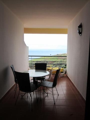 2-Bedroom Apartment with Sea View
