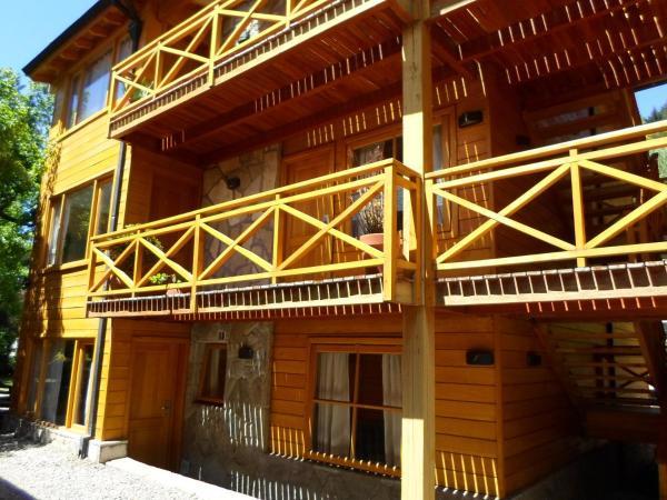 Foto Hotel: Apart Hotel Robles del Sur, San Martín de los Andes