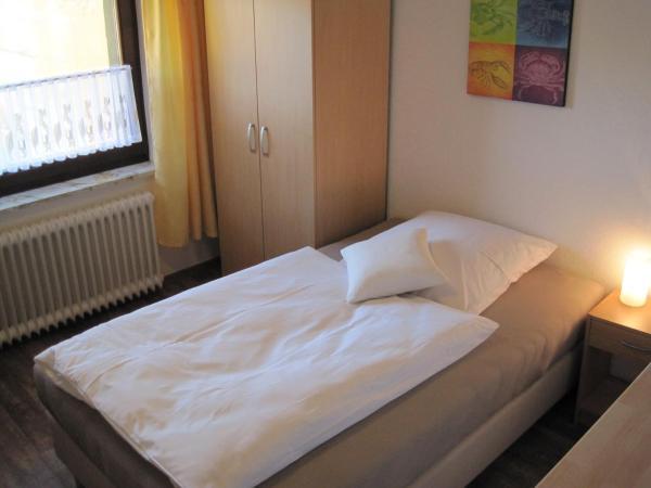 Hotel Pictures: Ü-Punkt, Wilhelmshaven