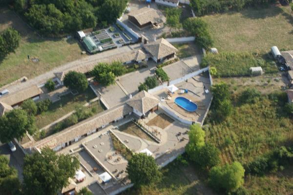 ホテル写真: Lionsgate Guest House, Pomoshtitsa