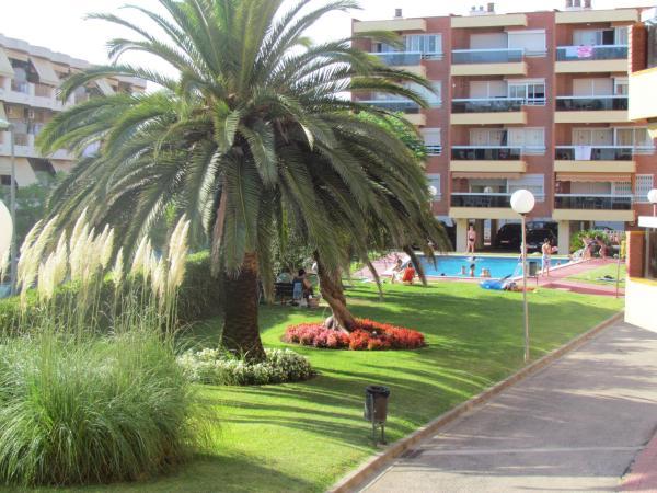 Hotel Pictures: Apartamentos Alquihouse Vilafortuny, Cambrils