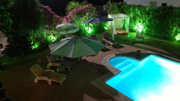 Hotel Pictures: Casa Azahar, San Martín del tesorillo
