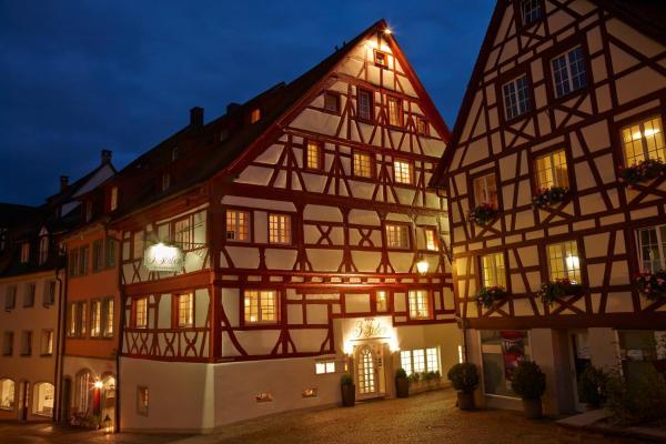 Hotel Pictures: Hotel 3 Stuben, Meersburg