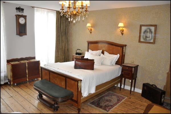 Hotel Pictures: Detective Hotel, Étretat