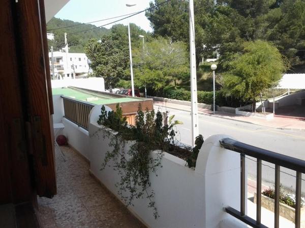 Hotel Pictures: Apartment Torres Mari, Cala Llonga