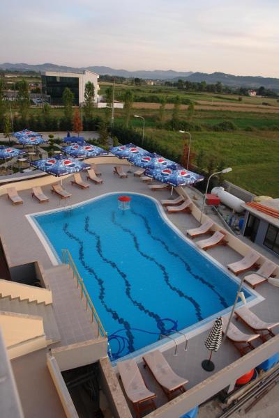 Zdjęcia hotelu: Hotel Airport Tirana, Rinas