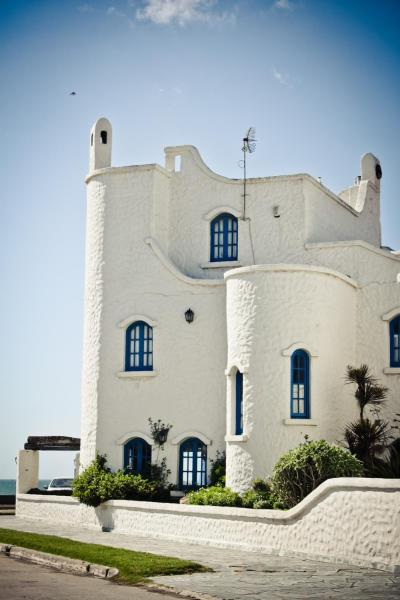 Hotel Pictures: Brisas Hosteria, Santa Clara del Mar