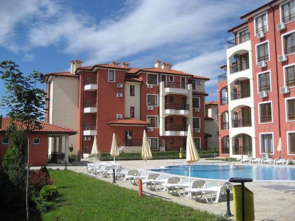 酒店图片: Ravda Dom Apartments, 拉夫达