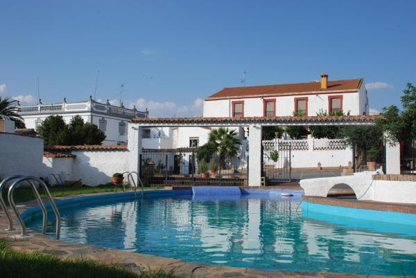 Hotel Pictures: Casa Rural El Aguila, Montemolín