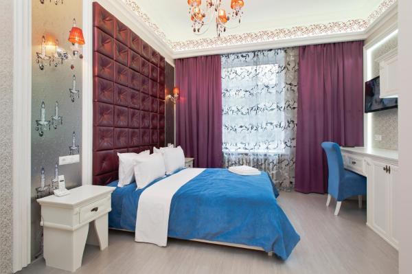 Luxury Quiet Junior Suite with Shower on Khreschatyk 15
