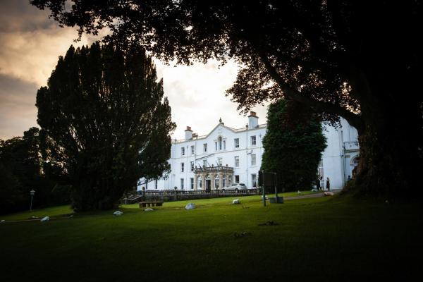 Hotel Pictures: Court Colman Manor, Bridgend