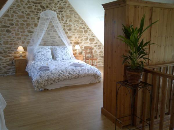 Hotel Pictures: Le Domaine des Pommiers, Sains