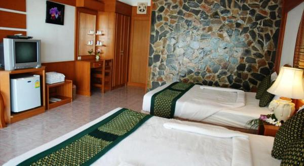 Deluxe Bungalow with Two Double Beds