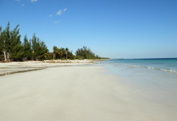 Hotel Pictures: Hideaway Bahamas Beach Club Villa, High Rock