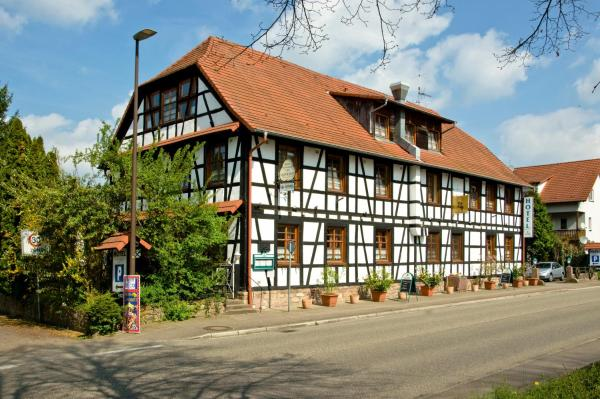 Hotel Pictures: Landgasthof Napoleon, Rheinau