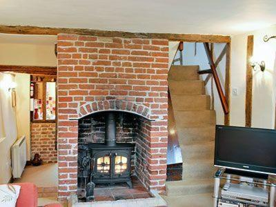 Hotel Pictures: Ivy Cottage, Dickleburgh