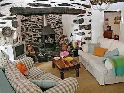 Hotel Pictures: Dolwgan Cottage, Criccieth