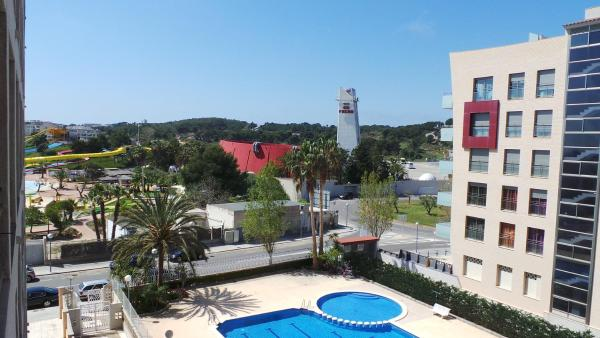 Hotel Pictures: Different Turquesa, La Pineda