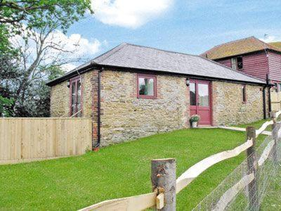 Hotel Pictures: The Old Stable Cottage, Winchelsea