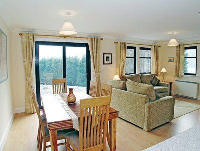 Hotel Pictures: Lubnaig Cottage, Callander