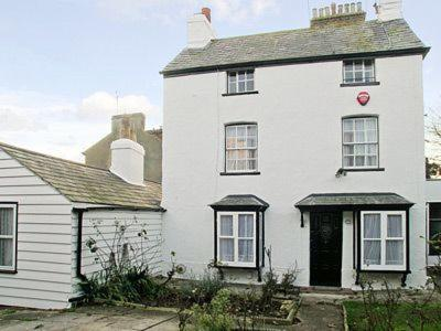 Hotel Pictures: Nelson Cottage, Broadstairs