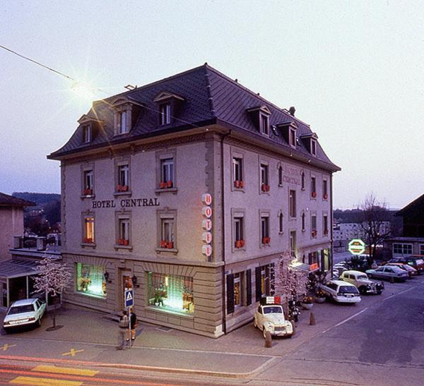 Hotel Pictures: Hotel Central, Düdingen