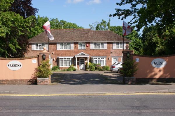 Hotel Pictures: Four Seasons Guest House, Gatwick