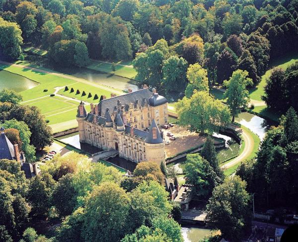 Hotel Pictures: , Saint-Symphorien