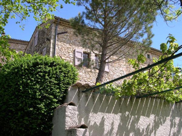 Hotel Pictures: La Grande Terre, Montclar-sur-Gervanne