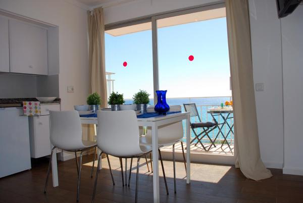 Hotel Pictures: Vermar sea view, SIllot