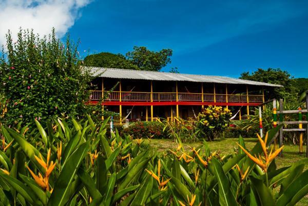 Hotel Pictures: Playa de Oro Lodge, Bahía Solano