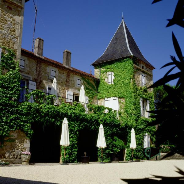 Hotel Pictures: Chateau Camp del Saltre, Prayssac