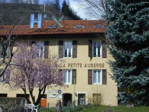 Hotel Pictures: Hotel La Petite Auberge, Bourg-Saint-Maurice