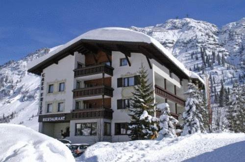 Hotellikuvia: Pension Cafe Fritz, Lech am Arlberg