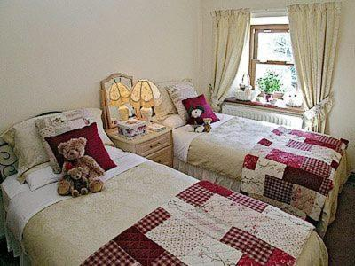 Hotel Pictures: Walters Cottage, Shepton Mallet