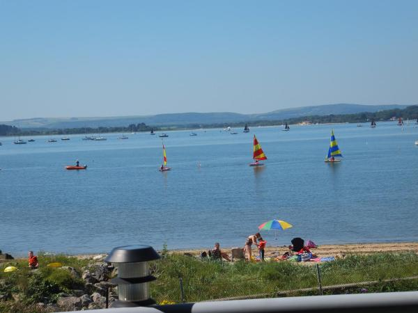 Hotel Pictures: Harbour Reach, Poole