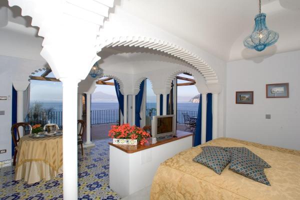 Hotel Pictures: Hotel La Tonnarella, Sorrento