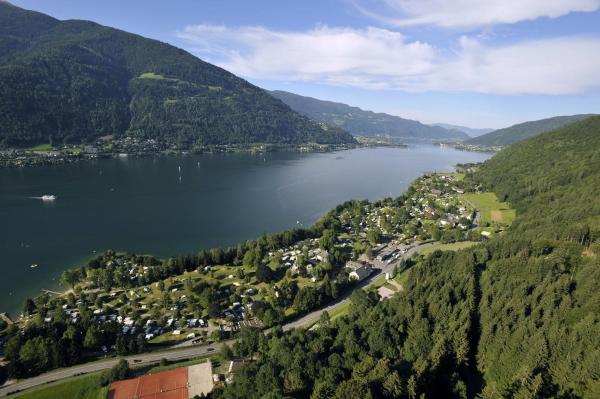 Zdjęcia hotelu: Seecamping Berghof, Landskron