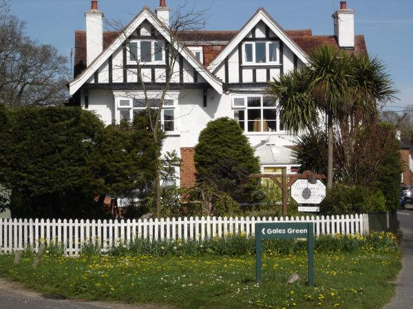 Hotel Pictures: Little Hayes B&B / Guest House, Lyndhurst