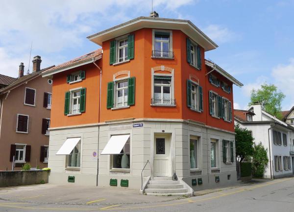 Hotel Pictures: Die Bleibe - Bed & Breakfast in Winterthur-Töss, Winterthur