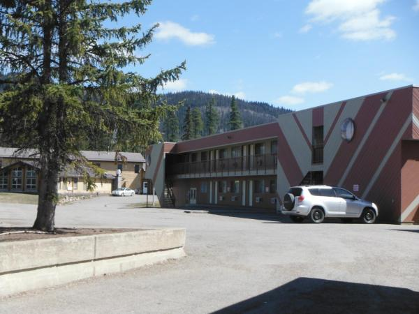 Hotel Pictures: Tumbler Ridge Inn, Tumbler Ridge