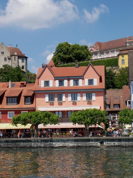Hotel Pictures: Hotel Strand Cafe Meersburg, Meersburg