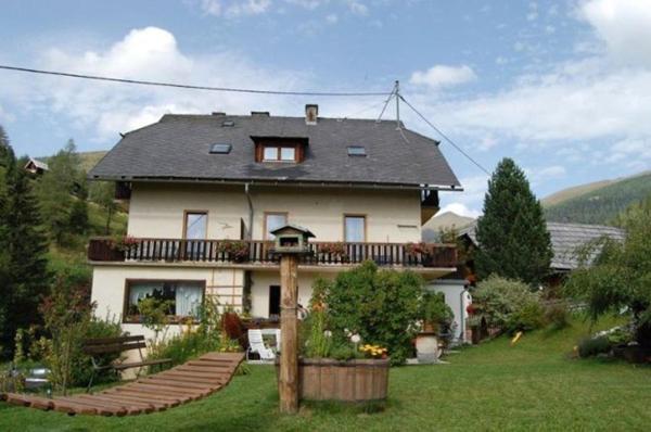 Hotel Pictures: Zur alten Schmiede, Bad Kleinkirchheim