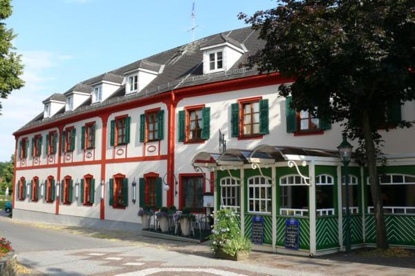 Foto Hotel: Hotel-Restaurant Fischer, Bad Waltersdorf